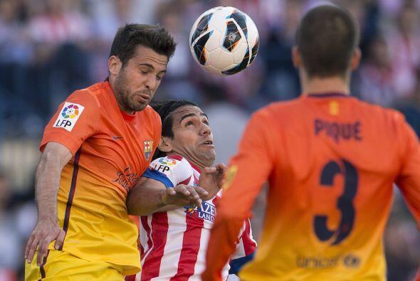 Esa no era la única mala noticia para el Barcelona, pues Messi presentó...