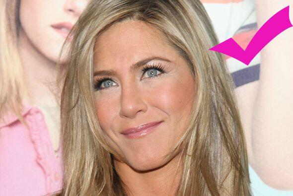 Sin duda la hermosa Jennifer. Más videos de Chismes aquí.