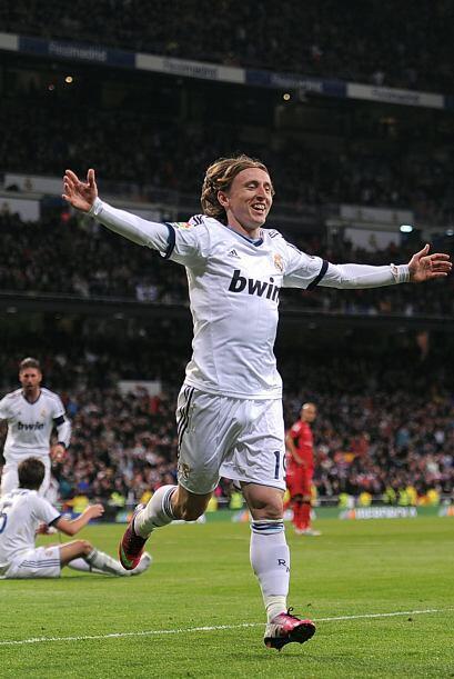 Dos minutos después del gol de Ronaldo llegó el tanto de M...