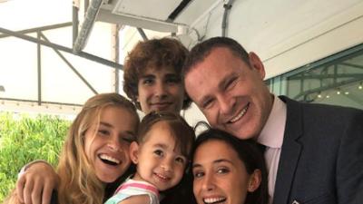 En fotos: Alan Tacher festejó con su familia la graduación de su hija Hannah