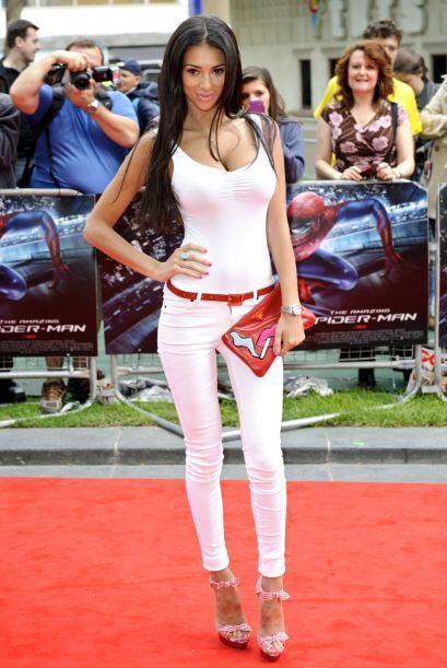 Pantalón blanco... ¿tanga negra? Lo mismo pasa cuando usas ropa blanca o...