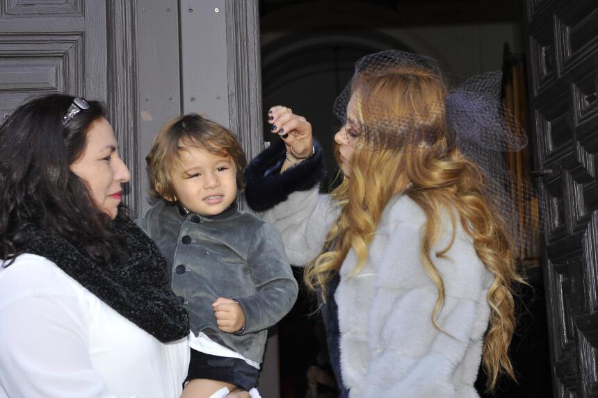 Paulina Rubio retocó el peinado de Eros, el menor de sus hijos y cuyo pa...