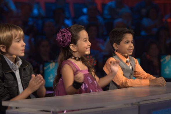 Junto a ellos estuvo el pequeño jurado integrado por Dariana y los dos A...