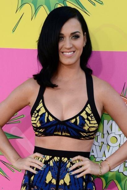 La siguiente es la bella Katy Perry, que no entró al libro de récords po...