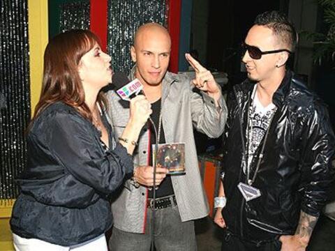 El dueto puertorriqueño Alexis y Fido visitan Sábado Gigante.