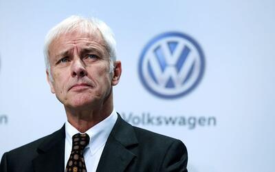 Matthias Mueller, presidente del grupo Wolkswagen en la conferencia de p...
