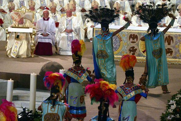 La iglesia católica estuvo presente desde el inicio de la colonización,...