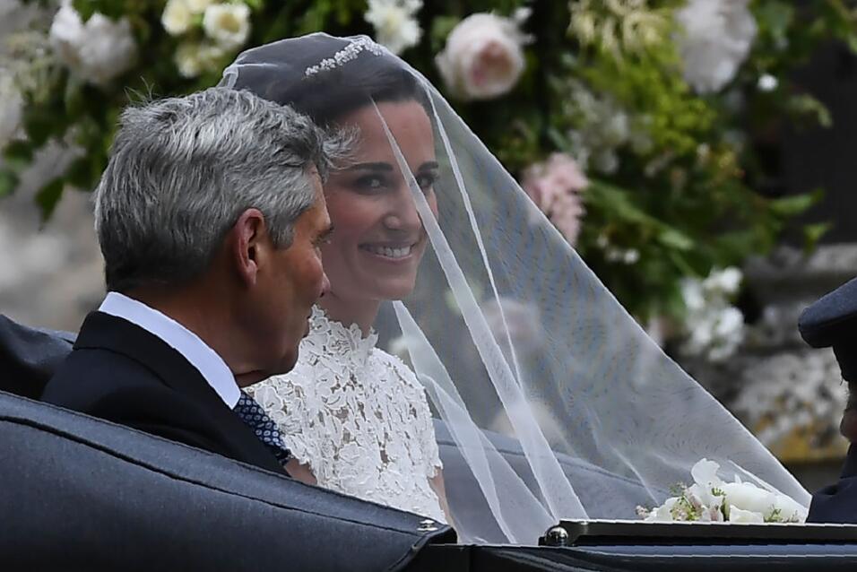 La novia prefirió un maquillaje discreto que fuera de acuerdo a su perso...