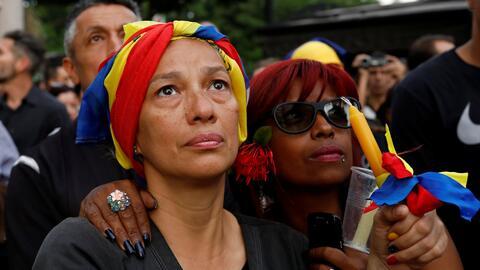 Los rostros de Venezuela, un país dividido en el que se cumplen 50 días...