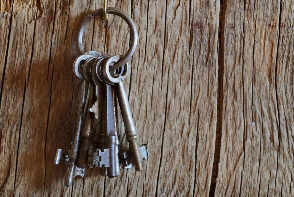 Ese simple acto de colocarla en el umbral de tu hogar ya está creando un...