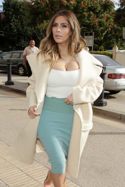 Kim Kardashian después de sorprendernos con haber perdido varias 'librit...