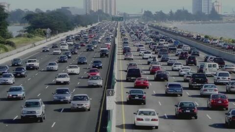 Más de 44 millones de estadounidenses viajarán por carretera durante fer...