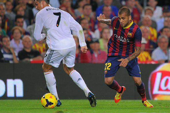 Dani Alves le hizo esta jugada a Cristiano Ronaldo y quedó solo ante Die...