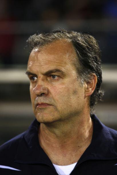 Como director técnico, de nueva cuenta tenemos al 'Loco' Marcelo Bielsa,...