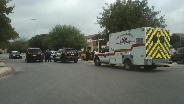 Las autoridades investigan un apuñalamiento que se registró en el centro...