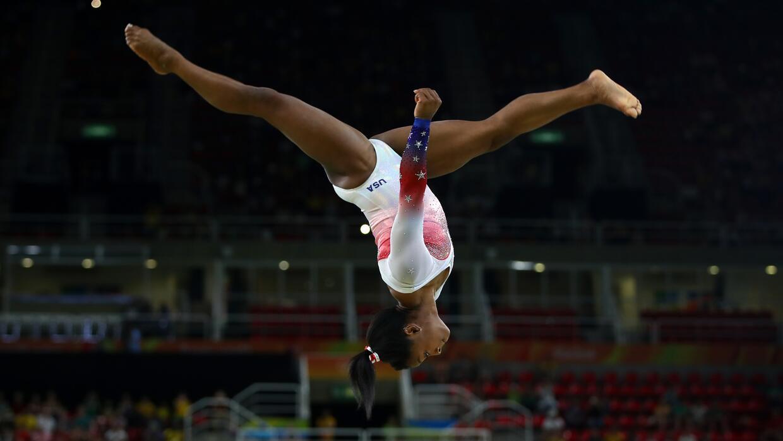 El caso de la gimnasta de 19 años se hizo público luego de que un grupo...