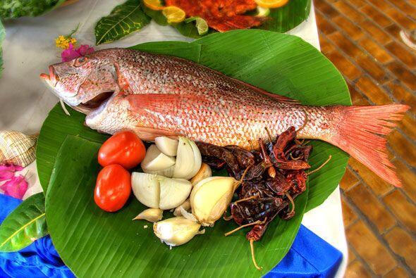 Empezamos con algo sencillamente delicioso, desde Acapulco, un pescado j...