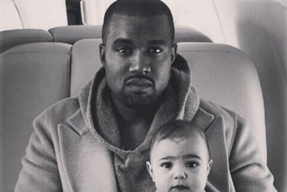 Y aunque lo veamos muy serio, Kanye sabe disfrutar de la vida.