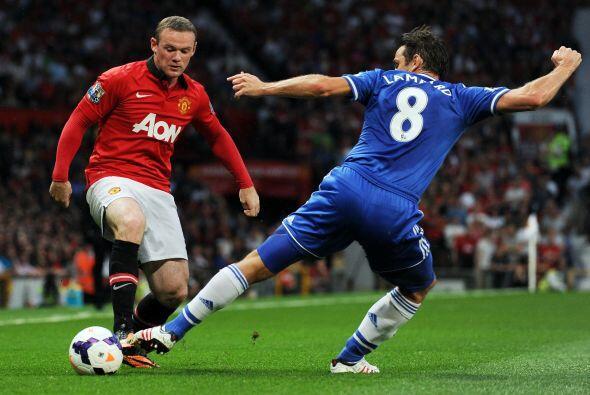Rooney se veía muy participativo, pero el orden defensivo de los londine...