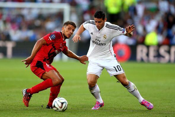 Además de la cantidad de dólares que desembolsó el Real Madrid para cons...