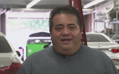 Este mexicano disfruta de su sueño americano gracias a los vehículos