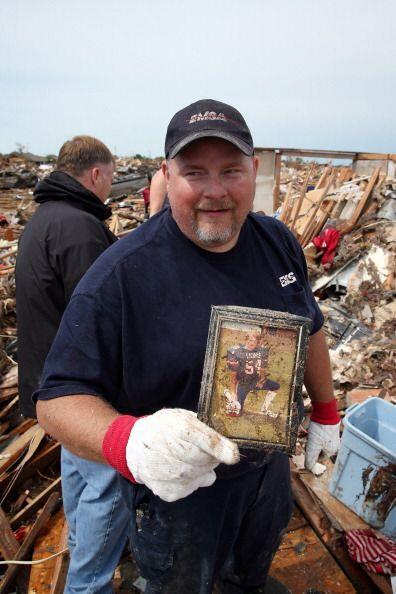 Curtis Cook recuperó una foto suya de la secundaria donde aparece...