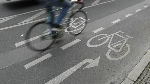 Los costos para ciclistas provocados por choques en calles y carreteras...