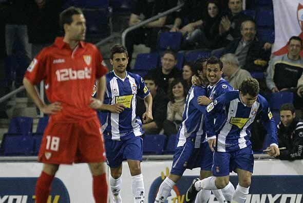 El Espanyol de Barcelona se aprovechó del Sevilla, que parece haber perd...