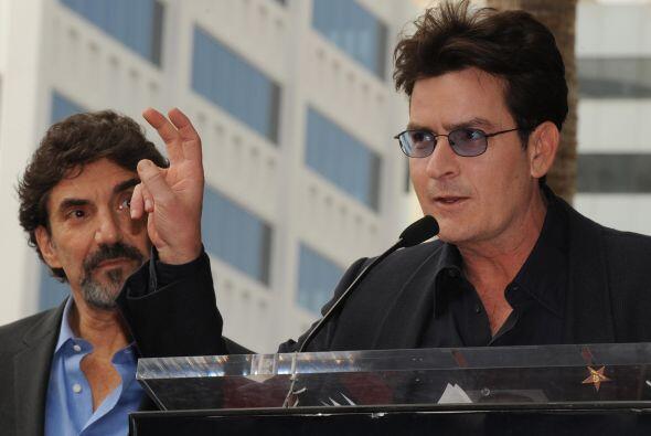 """Sheen, por cada capítulo de """"Dos hombres y medio"""", la cual protagonizaba..."""