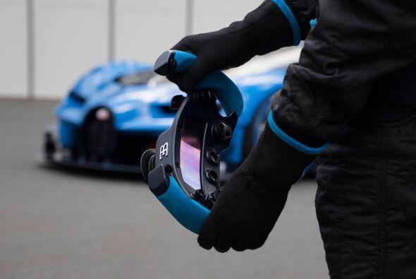 El color azul es el mismo que portaban los vehículos de competición fran...