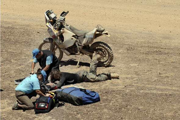 La británica Jennifer Morgan se cayó de su motocicleta y tuvo que ser at...