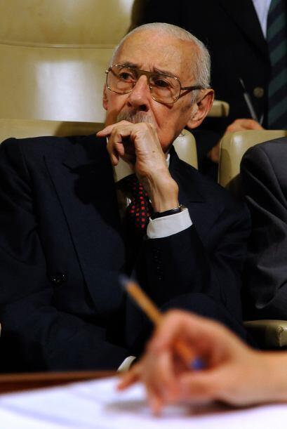 El ex dictador Jorge Rafael Videla fue condenado a cadena perpetua por d...