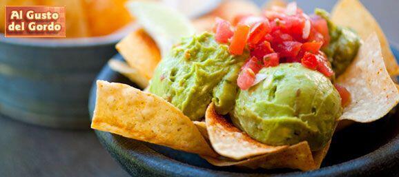 El guacamole es un súper favorito de todo el mundo y Raúl de Molina no e...