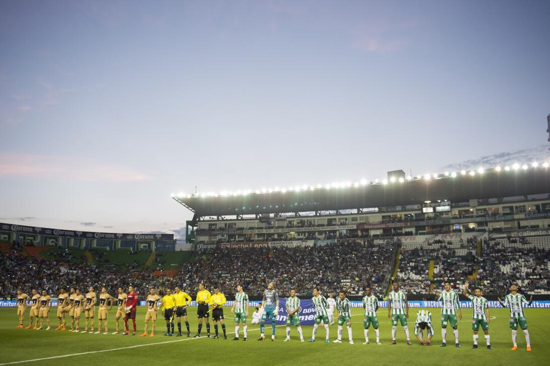 Estado Nou Camp - León 3-0 Pumas: 24,947 espectadores
