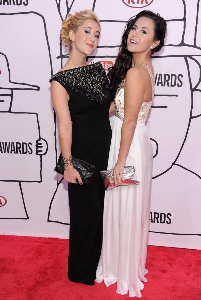 Otras chicas guapas fueron  Megan Mace y Elizabeth Mace, quienes en conj...