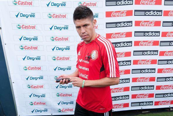 En el 2013 las lesiones marginarían a Peralta de la selección mexicana p...
