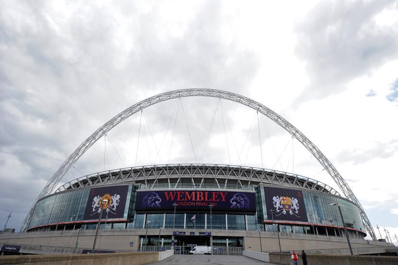Wembley guarda un minuto de silencio en memoria de las víctimas de Manch...