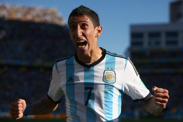 Uno de los más fuertes corre en torno al argentino Ángel Di María, quien...