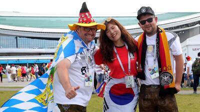 Los fanáticos montaron una gran fiesta para el juego entre Alemania y Corea del Sur