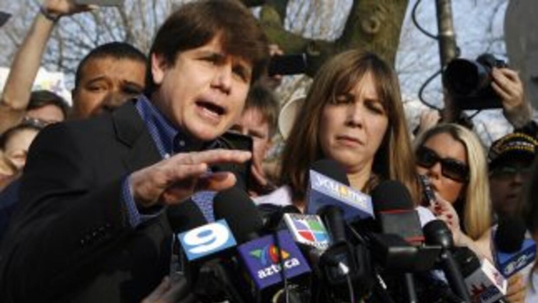 Medios locales informaron que a su llegada a la prisión, Blagojevichpas...
