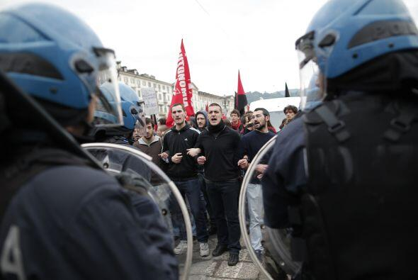 Allí, las fuerzas del orden y los manifestantes se enfrentaron.