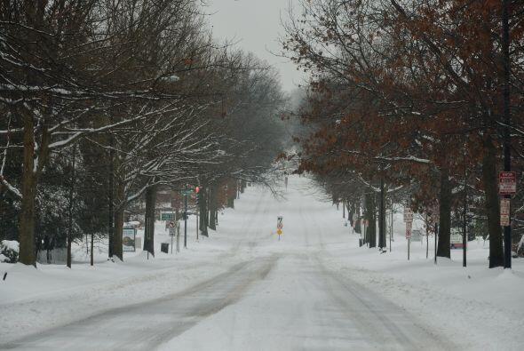 Miles de hogares están sin electricidad en los estados de Carolin...