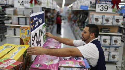 Los bajos precios de los gigantes del comercio, como Walmart o Target, p...
