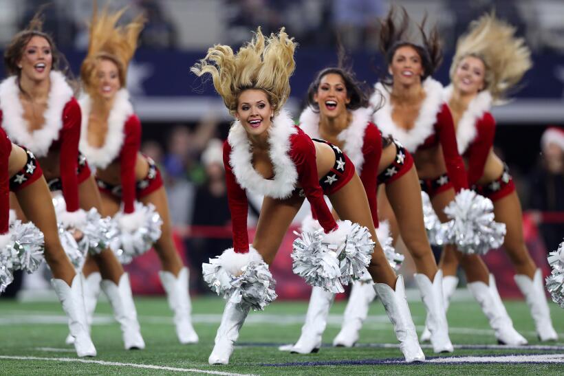 En esta Navidad disfruta con las mejores imágenes de las porrista...