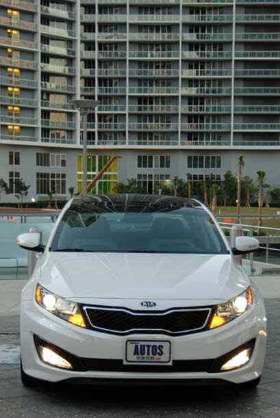 Kia presentó la nueva versión Turbo para el Optima 2011.