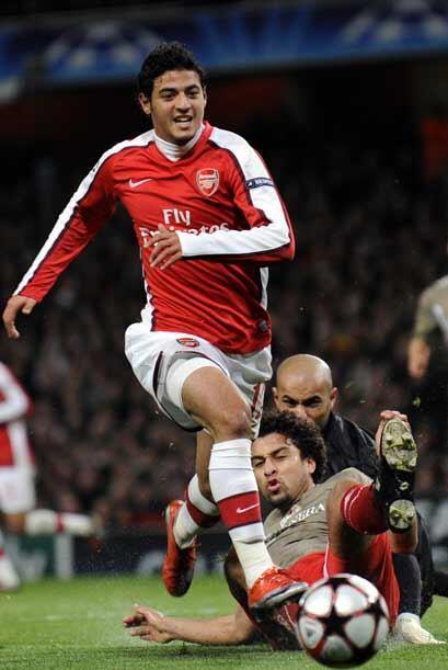 Carlos Vela llegó al Arsenal a la par de Dos Santos pero para jugar con...