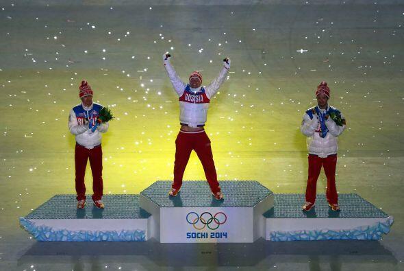 Rusia estalló en emoción al saber que terminó número uno en el medallero.