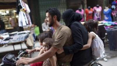 En Lebanon, el ingreso familiar promedio es de $13,004 y el ingresoper c...