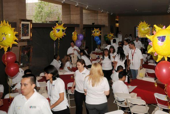 ¡Ahora, Univision Arizona y Univision Radio estarán más unidos que nunca!