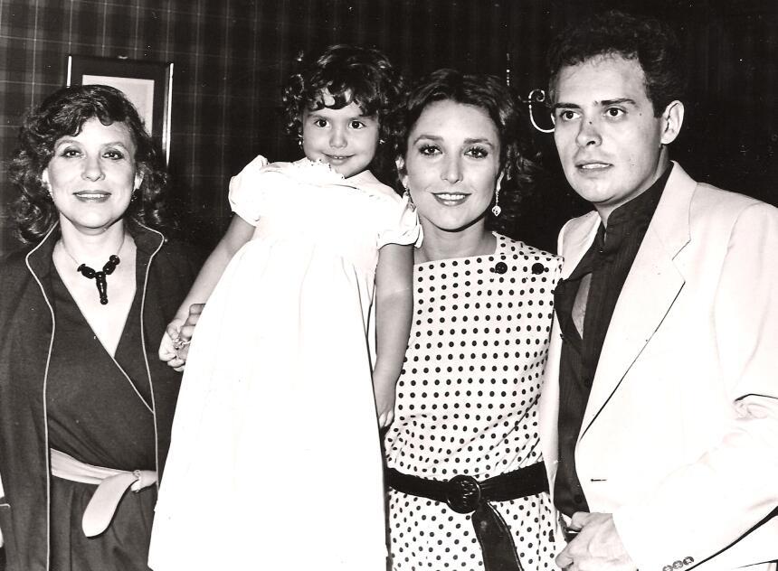 Angélica María Raúl Vale